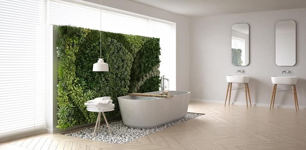 Kvety alebo živá zelená stena v kúpeľni