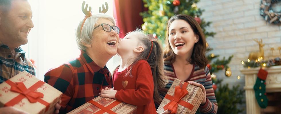 Máte už vianočný darček pre starých rodičov?