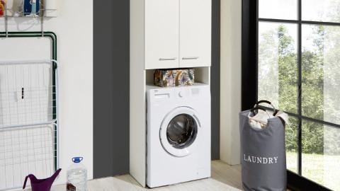 Wandregale aus Metall in aktuellem Design für den Waschraum