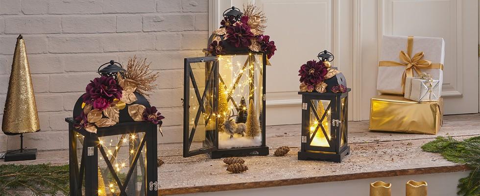 Lampáše s vianočnou dekoráciou
