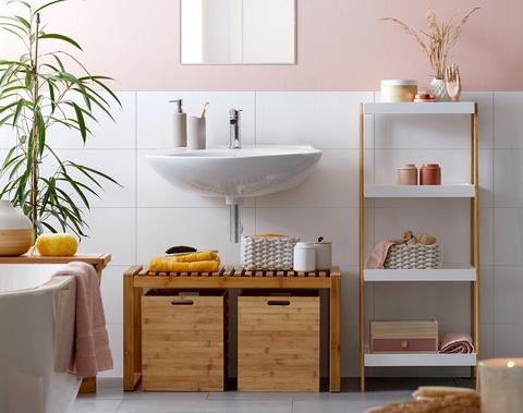 Nábytok do kúpeľne z prírodného materiálu