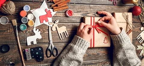 7-kreativnych-napadov-ako-zabalit-vianocne-darceky-SK-img