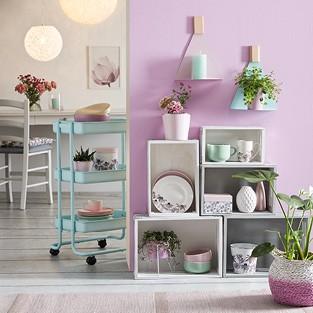 Bytové doplnky vo farbách Violet Dreams