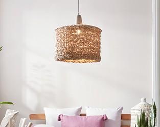 Středomořský šarm - proutěná závěsná lampa