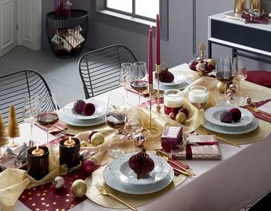 Vianočný stôl v štýle Merry Berry