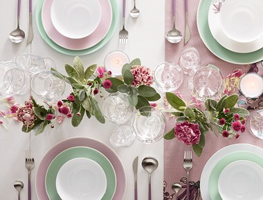 Jedálenský stôl podľa štýlu Violet Dreams - Möbelix