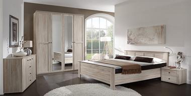 Schlafzimmereinrichtung im romantischen Stil