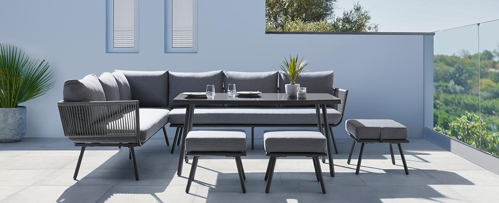 Štýlový a pohodlný záhradný nábytok