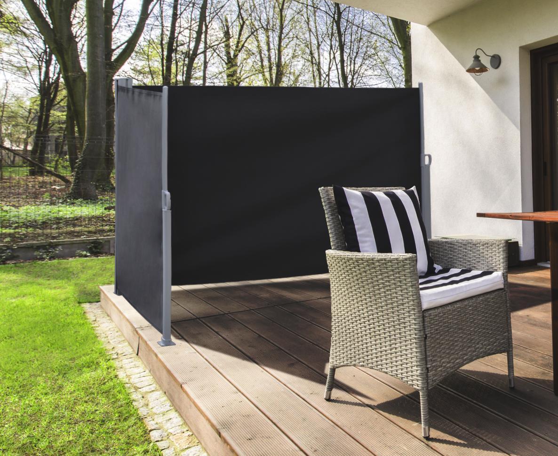 Ausziehbaren Sichtschutz für die Terrasse kaufen