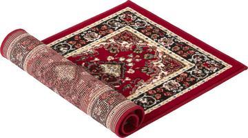 Orient-Teppich gerollt