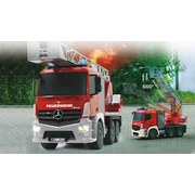Fernlenkauto Feuerwehr Mercedes-Benz Antos - Rot/Silberfarben, Basics, Kunststoff (42,5/16/24cm)
