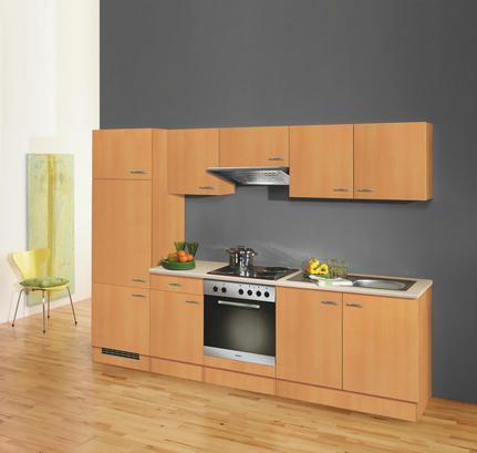Wohnliche Kücheneinrichtung in Buche Dekor