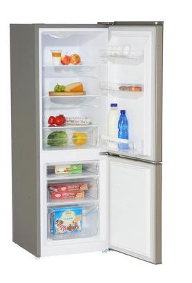 Kühl-Gefrier-Kombination in Silber