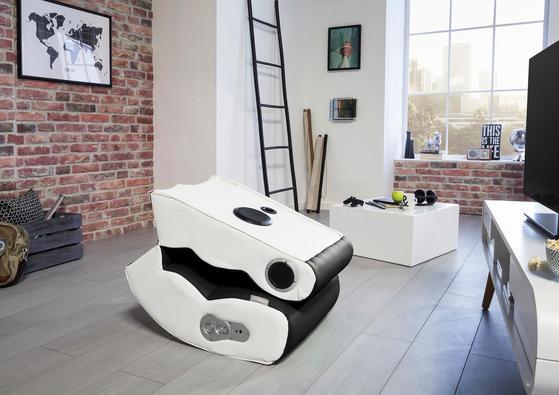 Bequemer Gamingstuhl in Schwarz und Weiß zum Zusammenklappen